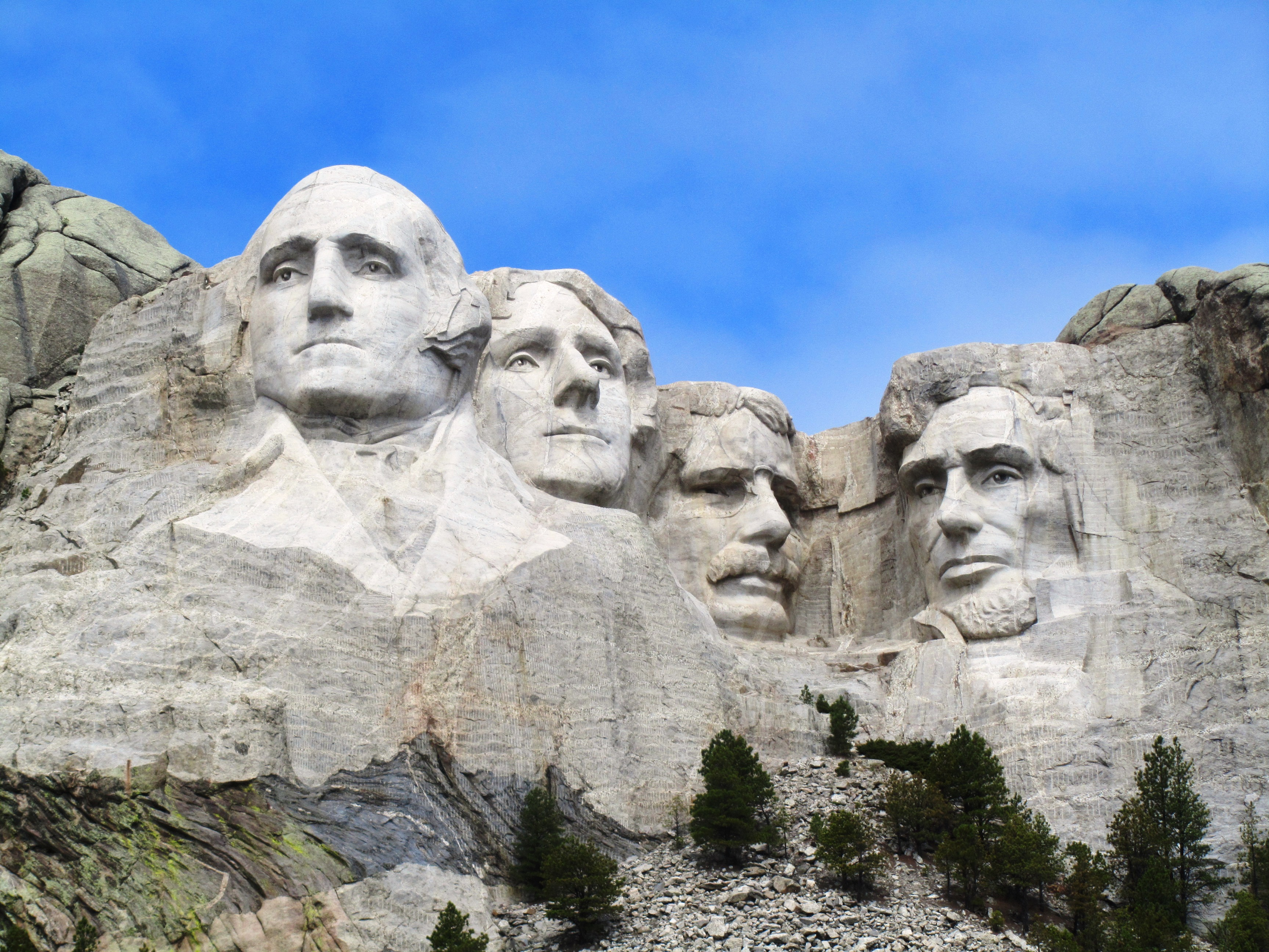the additional four faces that deserve to be honored on mount rushmore Teacher's guide theme: measuring math concept: we can measure length, height, and width we can  • explain that memorials are built to honor or remember important people and events for example, the washington monument honors  at 60 feet tall, the faces on mount rushmore are very large.