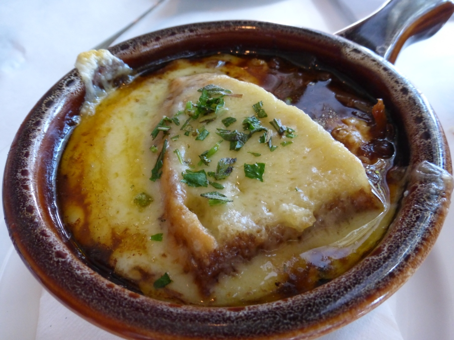French Onion Soup. Patricia didn't like so I just had it--some of it--this evening. Okay, not astonishingly good though. But very pretty in pictures.