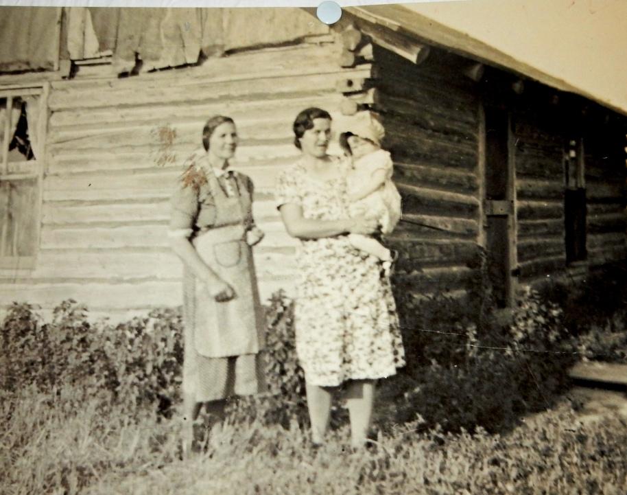 Dad's mom, the cranky grandma, mom and me.
